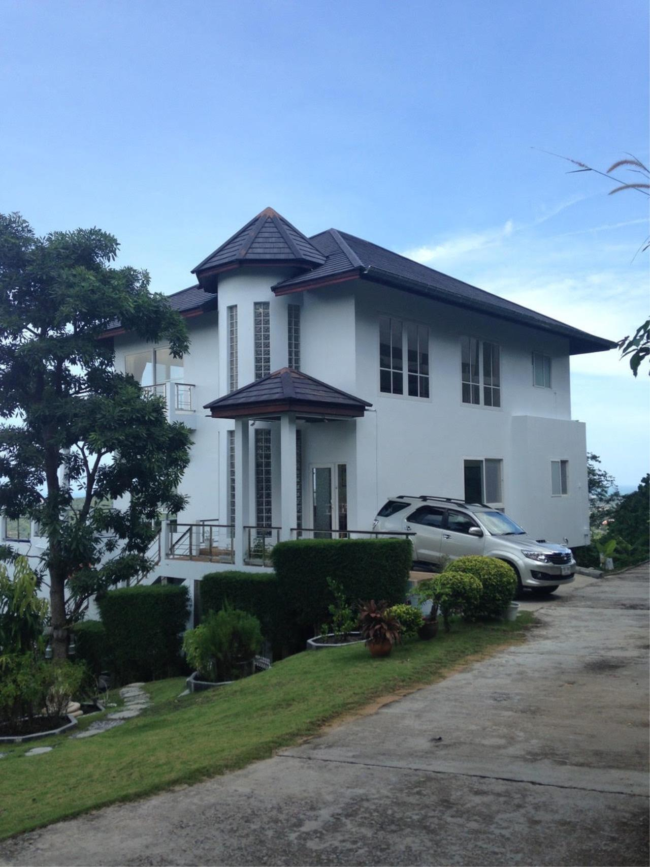 RE/MAX Island Real Estate Agency's Bophut Sea View Villa for Sale 1