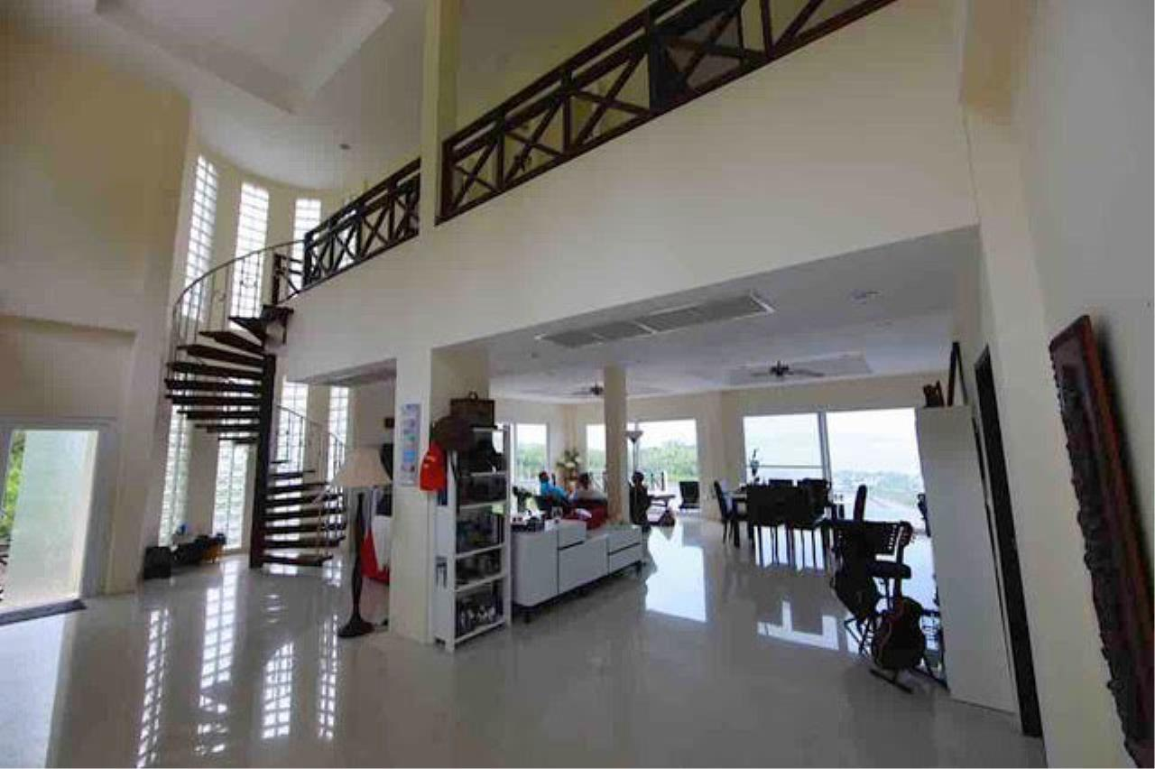 RE/MAX Island Real Estate Agency's Bophut Sea View Villa for Sale 3
