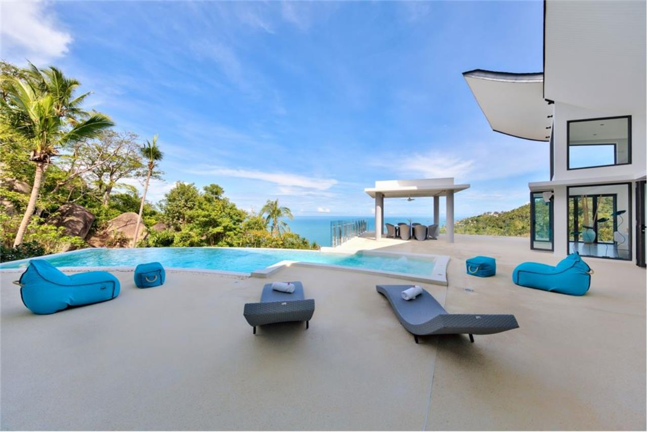 RE/MAX Island Real Estate Agency's Stunning Luxury Villa in Chaweng Noi, Koh Samui 2