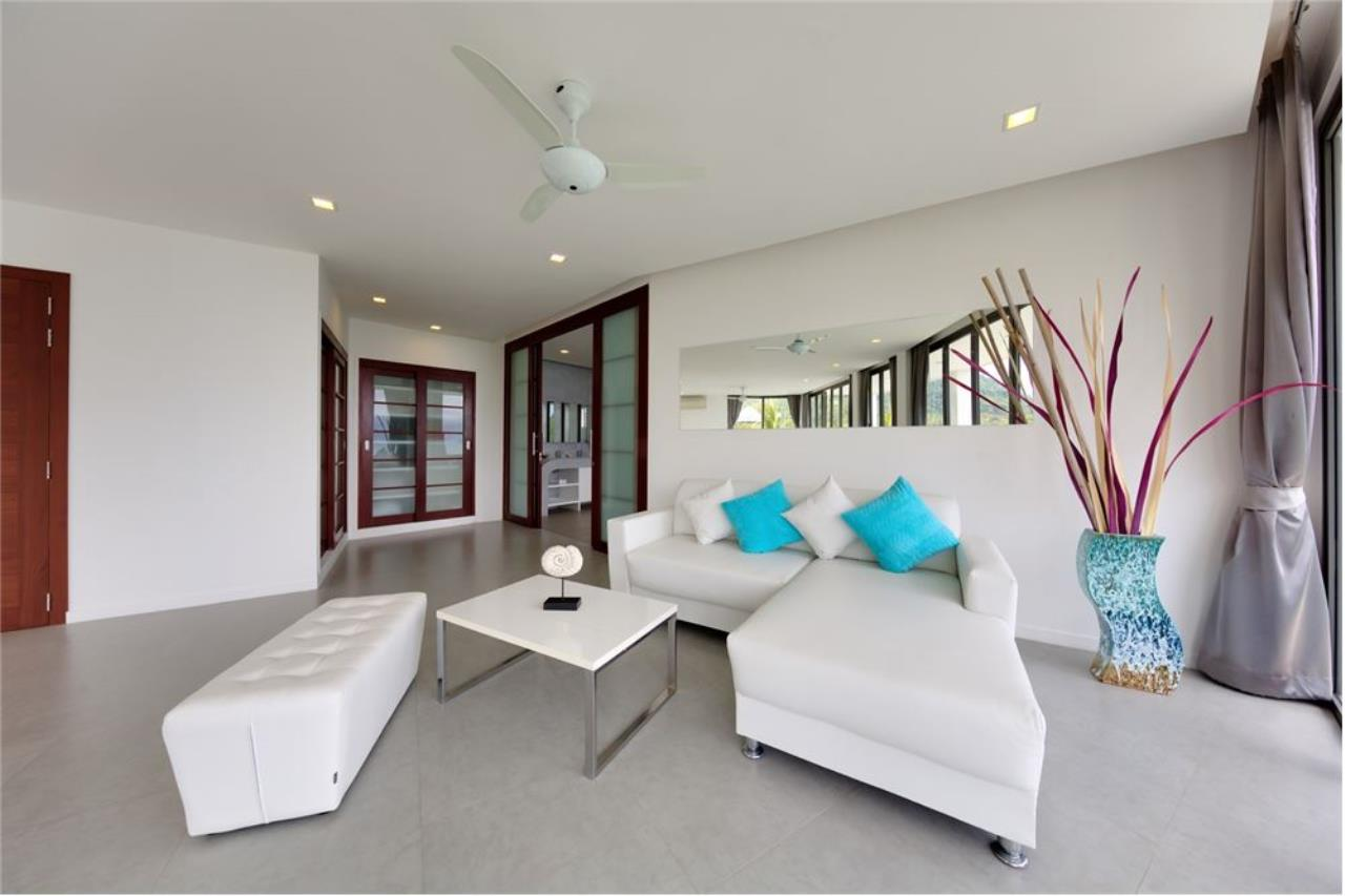 RE/MAX Island Real Estate Agency's Stunning Luxury Villa in Chaweng Noi, Koh Samui 19