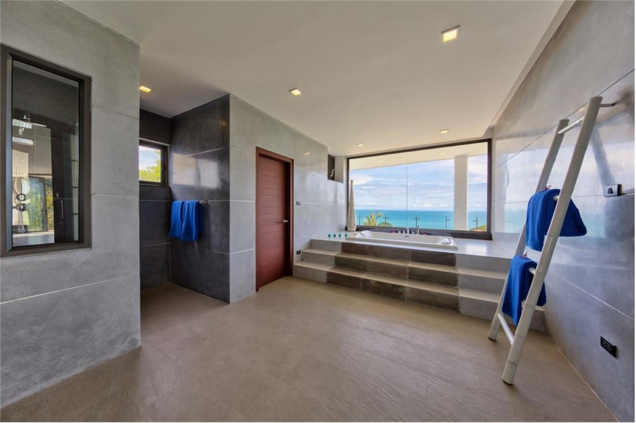 RE/MAX Island Real Estate Agency's Stunning Luxury Villa in Chaweng Noi, Koh Samui 21