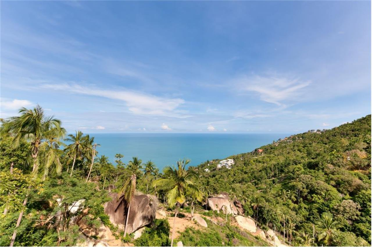 RE/MAX Island Real Estate Agency's Stunning Luxury Villa in Chaweng Noi, Koh Samui 4
