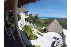 RE/MAX Island Real Estate Agency's sea views Bali style and atypical house. 4