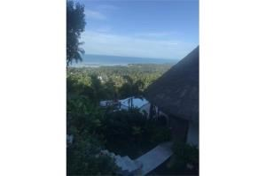 RE/MAX Island Real Estate Agency's sea views Bali style and atypical house. 30