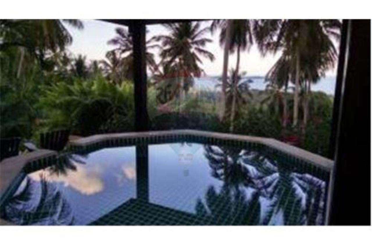 RE/MAX Island Real Estate Agency's BEAUTIFULL SEA VIEW VILLA FOR SALE IN CHAWENG 23