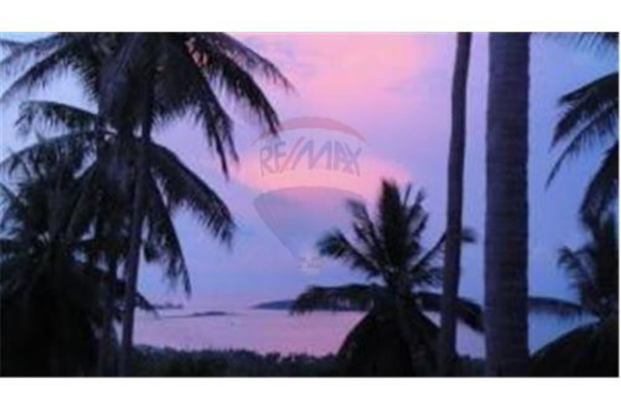 RE/MAX Island Real Estate Agency's BEAUTIFULL SEA VIEW VILLA FOR SALE IN CHAWENG 24