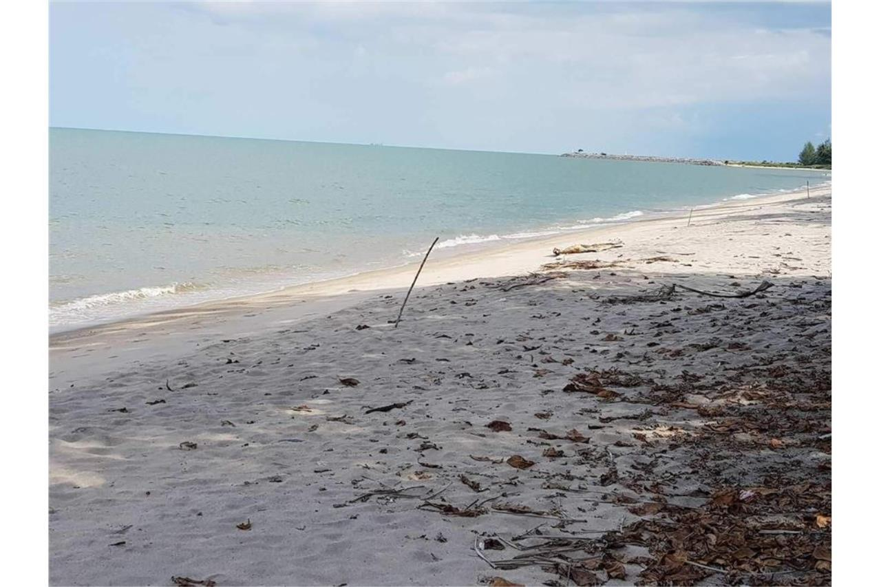 RE/MAX Island Real Estate Agency's Affordable beach land for sale in Tha Sala. 1