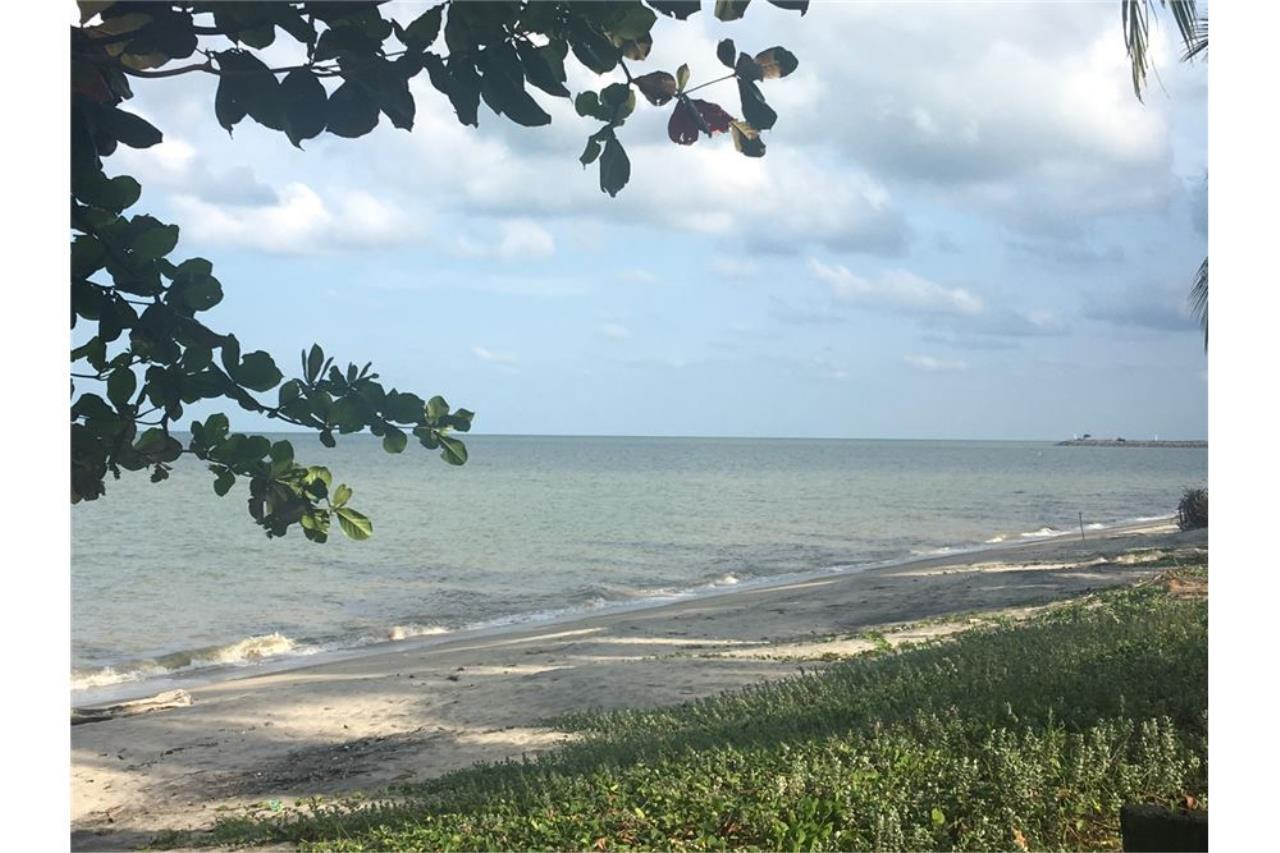 RE/MAX Island Real Estate Agency's Affordable beach land for sale in Tha Sala. 2