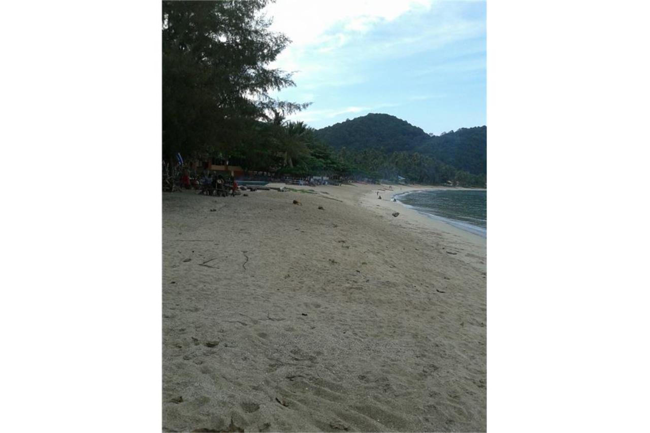 RE/MAX Island Real Estate Agency's Beach land for sale in Khanom, Nakhon Si Thammarat 2