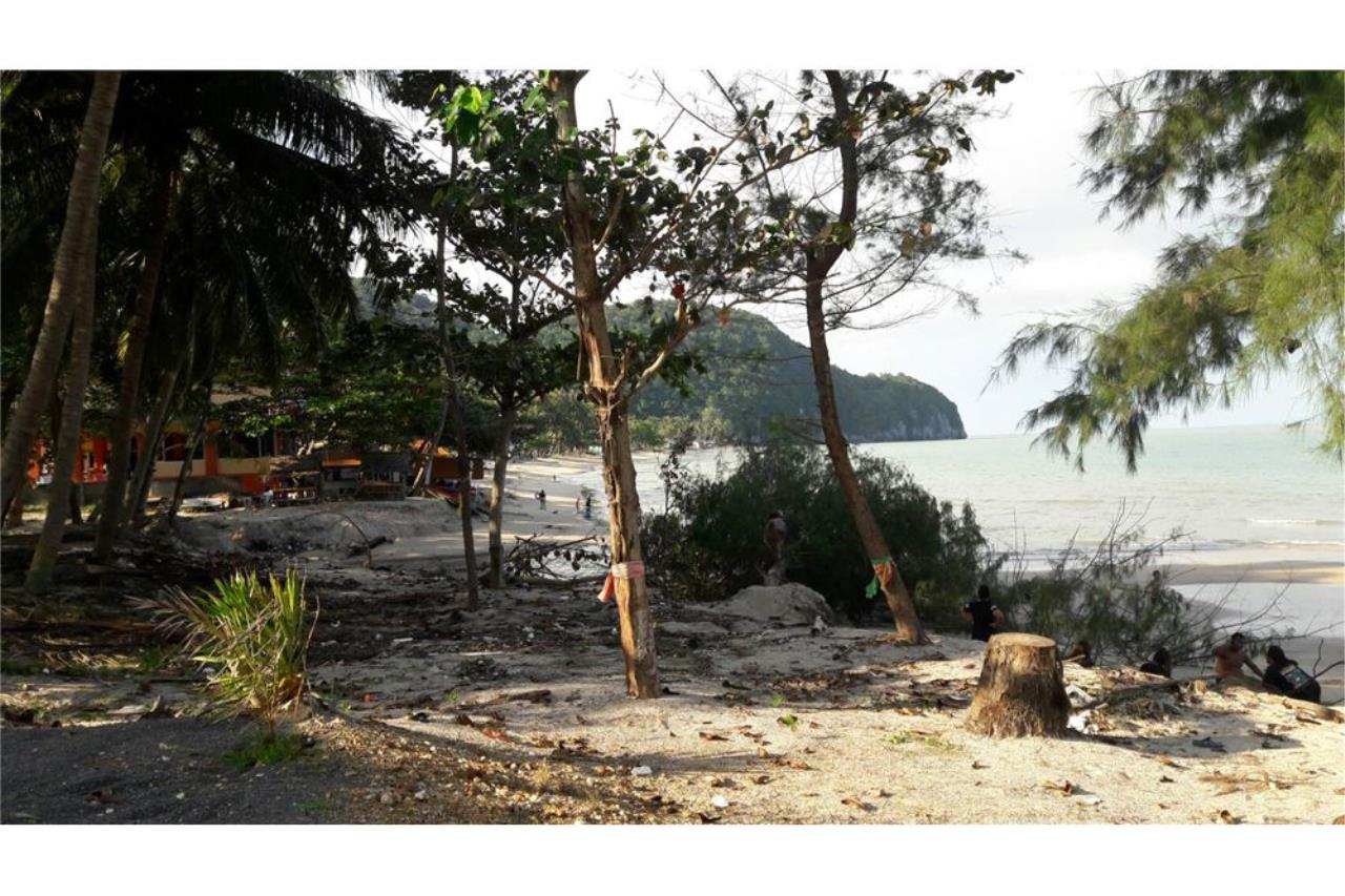 RE/MAX Island Real Estate Agency's Beach land for sale in Khanom, Nakhon Si Thammarat 4