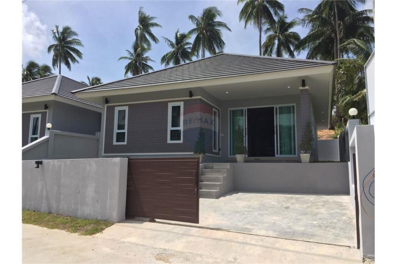 RE/MAX Island Real Estate Agency's Single House for sale in Maenam, Koh Samui 1