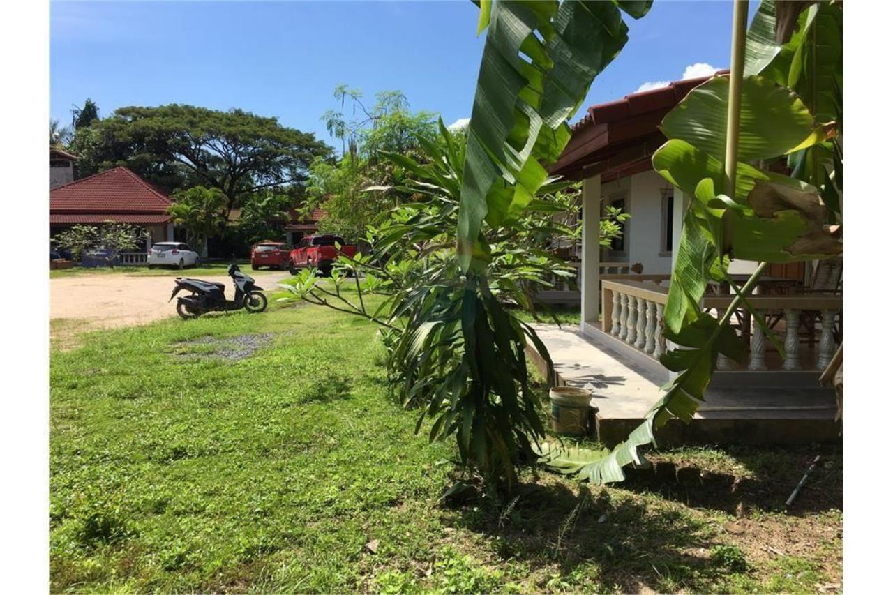 RE/MAX Island Real Estate Agency's Land With 6 Houses For Sell At Bangrak 2