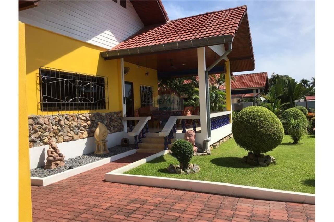 RE/MAX Island Real Estate Agency's House for sale at Bangrak 11