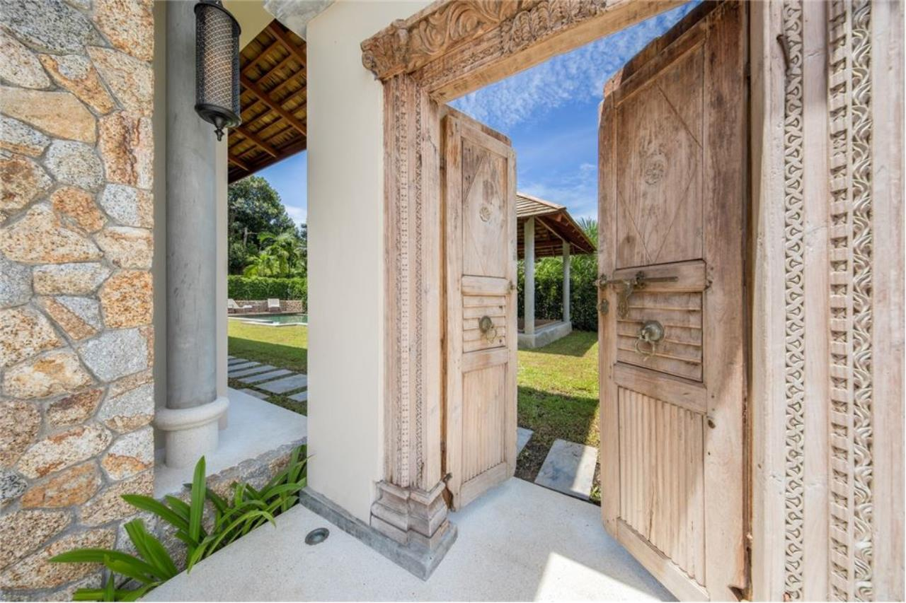 RE/MAX Island Real Estate Agency's Stunning 3 Bedroom Villa in Plai Laem for Sale 6