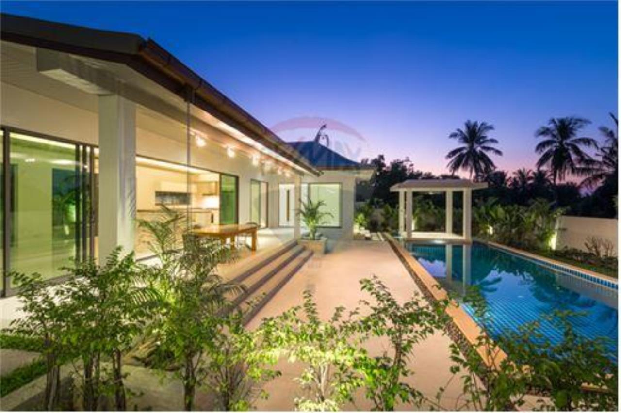 RE/MAX Island Real Estate Agency's Bali-Style Villas in Koh Samui for Sale 5