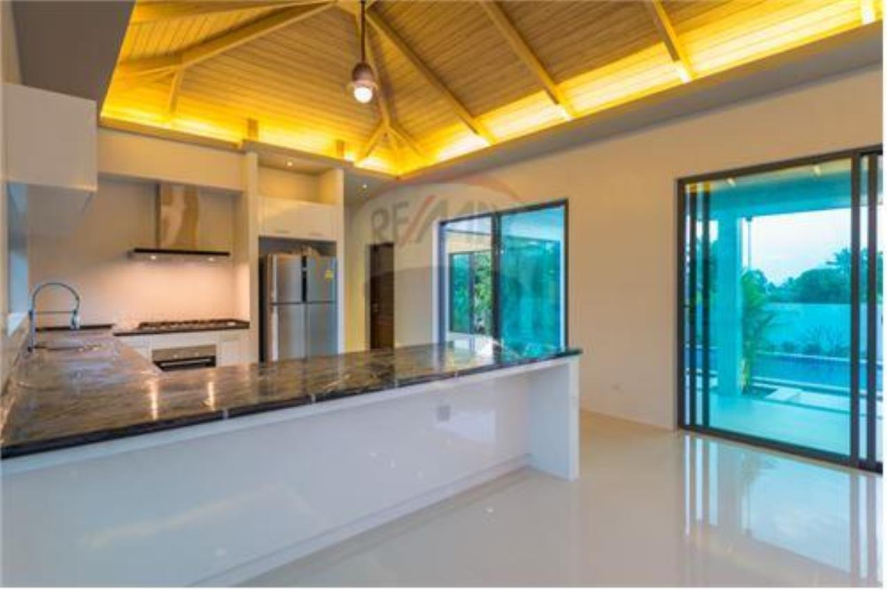 RE/MAX Island Real Estate Agency's Bali-Style Villas in Koh Samui for Sale 11