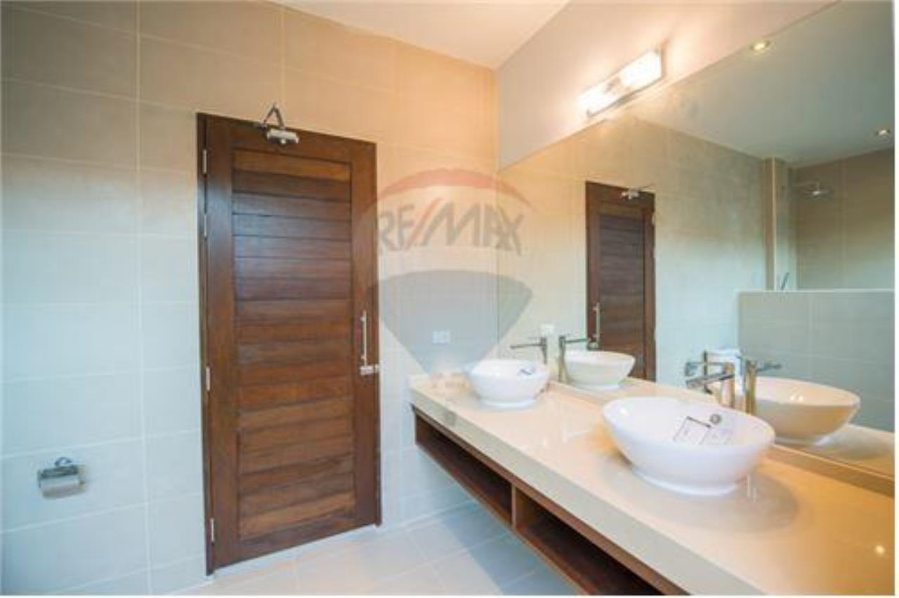 RE/MAX Island Real Estate Agency's Bali-Style Villas in Koh Samui for Sale 8