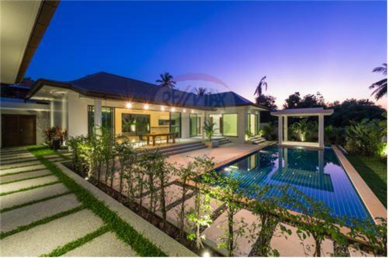 RE/MAX Island Real Estate Agency's Bali-Style Villas in Koh Samui for Sale 16
