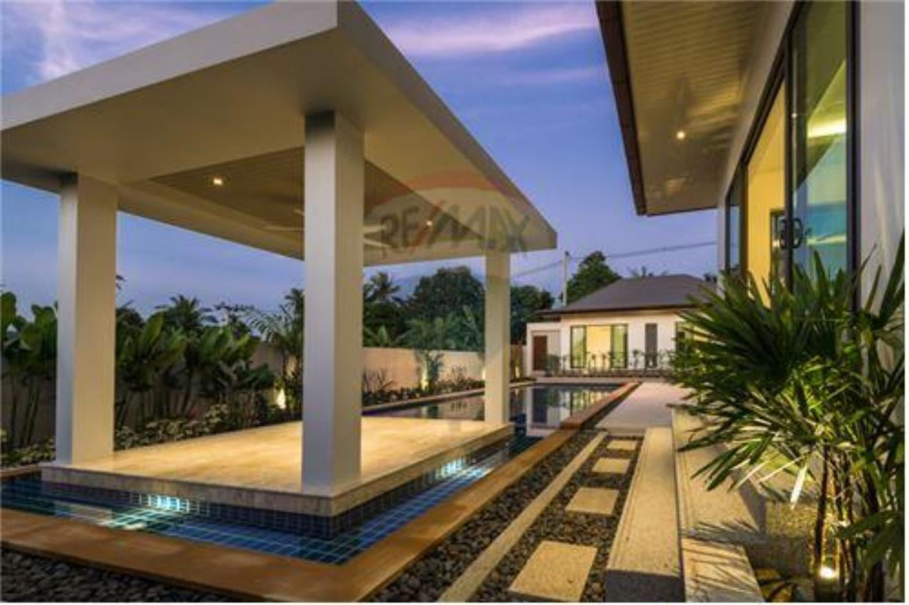 RE/MAX Island Real Estate Agency's Bali-Style Villas in Koh Samui for Sale 6