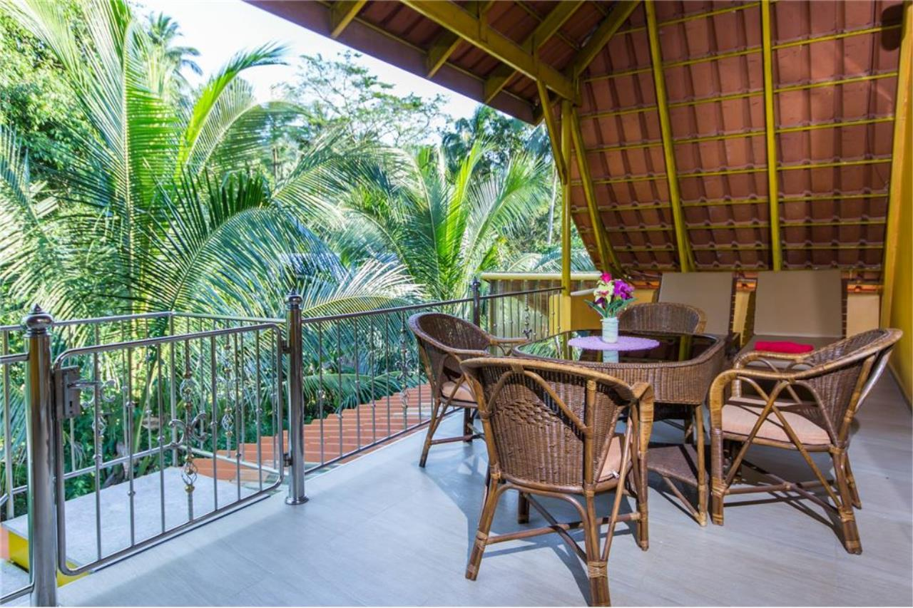 RE/MAX Island Real Estate Agency's Cozy Residence with Large Units in Koh Samui 10