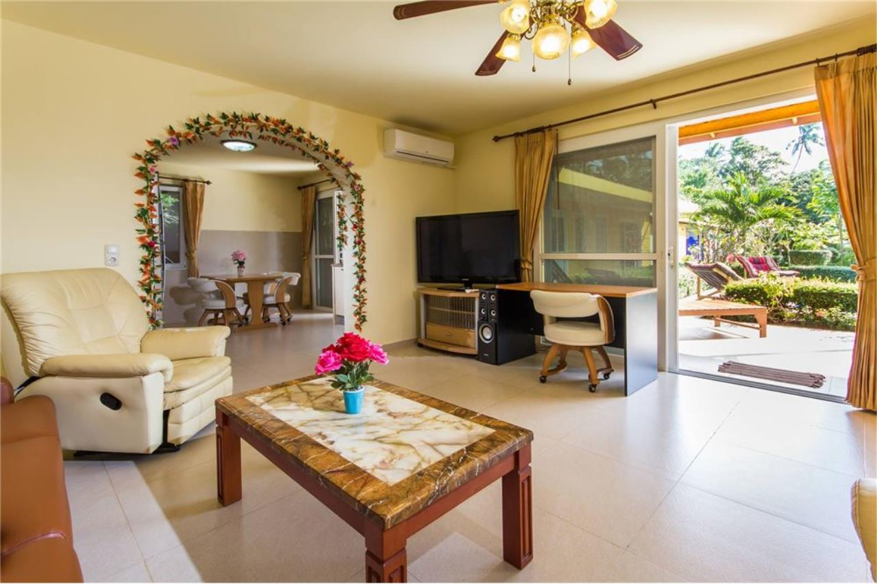 RE/MAX Island Real Estate Agency's Cozy Residence with Large Units in Koh Samui 12