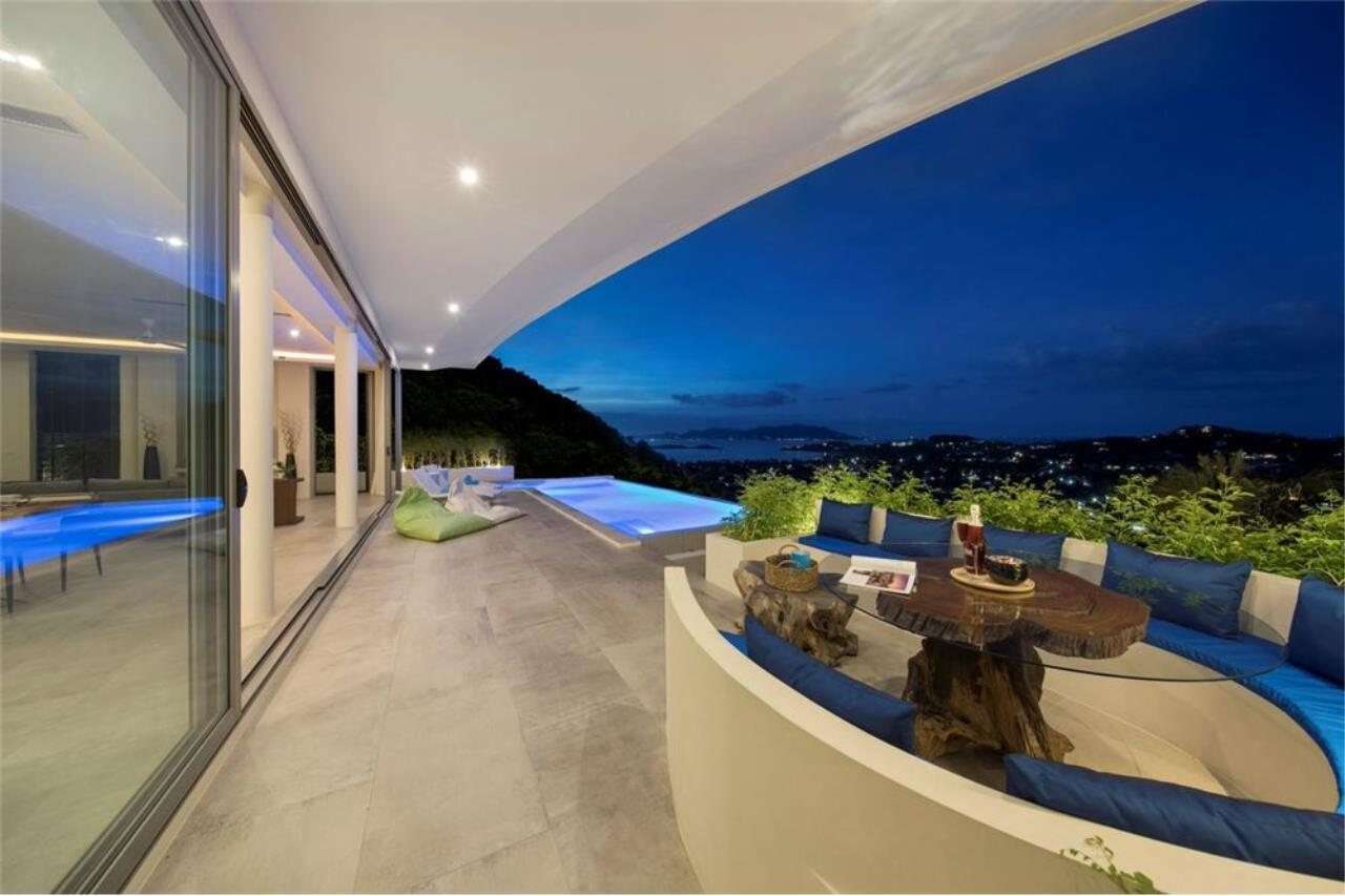 RE/MAX Island Real Estate Agency's Contemporary Villa with Panoramic View in Ko Samui 49