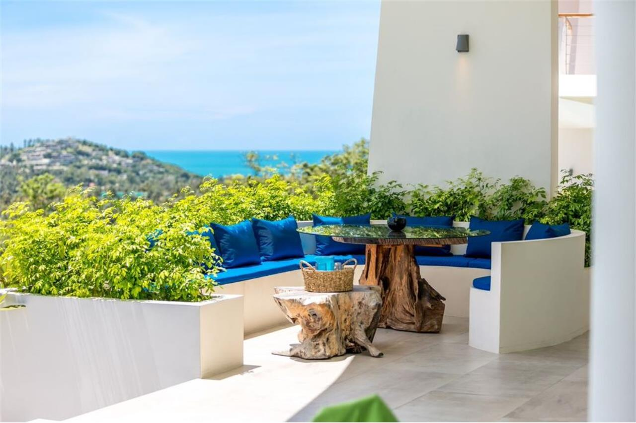 RE/MAX Island Real Estate Agency's Contemporary Villa with Panoramic View in Ko Samui 11