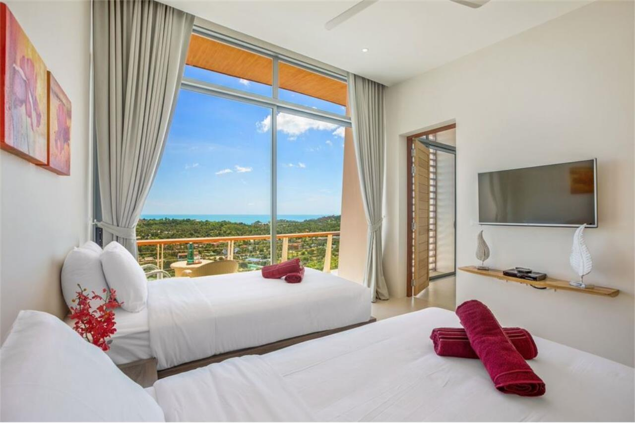 RE/MAX Island Real Estate Agency's Contemporary Villa with Panoramic View in Ko Samui 31