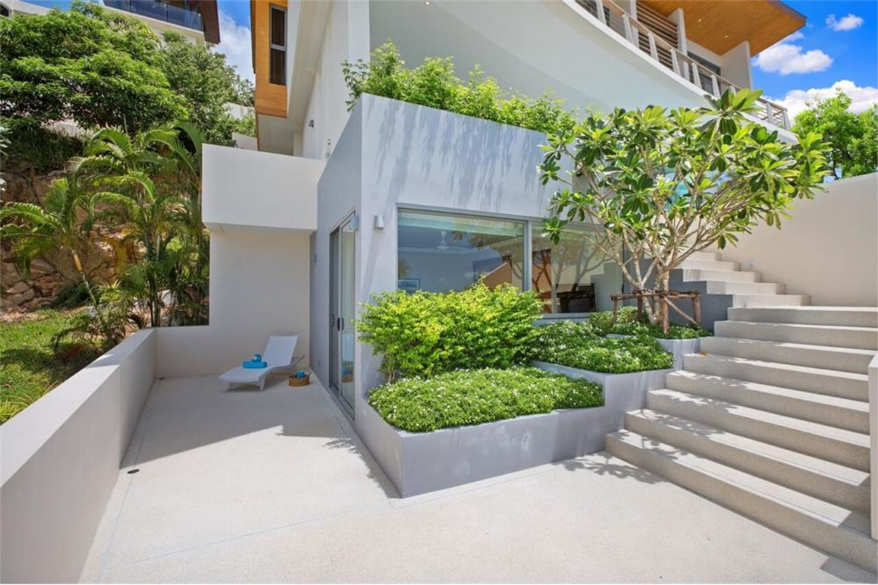 RE/MAX Island Real Estate Agency's Contemporary Villa with Panoramic View in Ko Samui 35