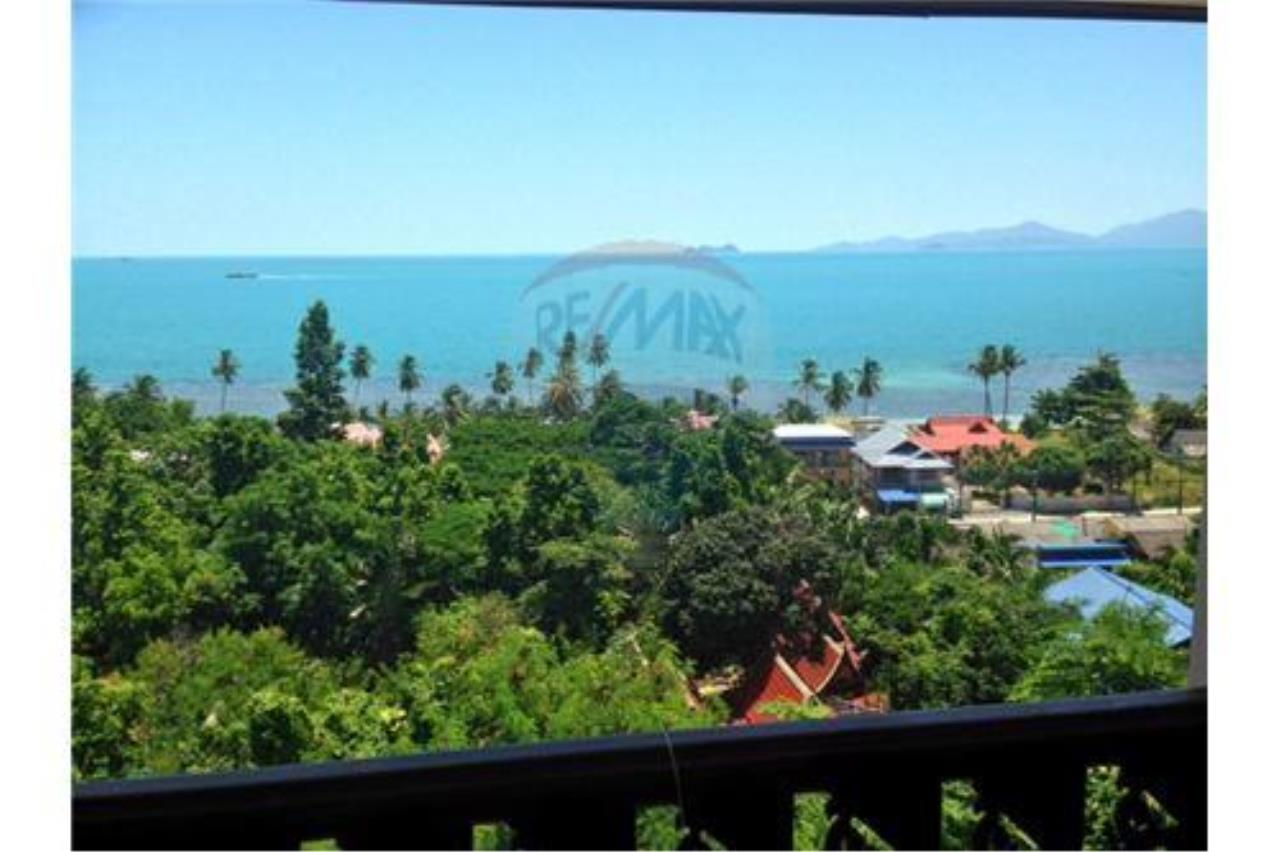 RE/MAX Island Real Estate Agency's Sea View House in BangPor, Koh Samui 5
