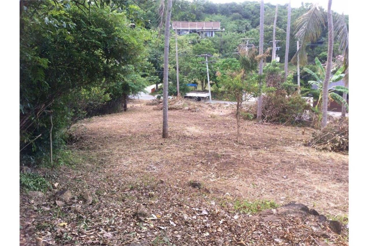 RE/MAX Island Real Estate Agency's Seaview Plot in an Exclusive Area, Bophut Hill 4