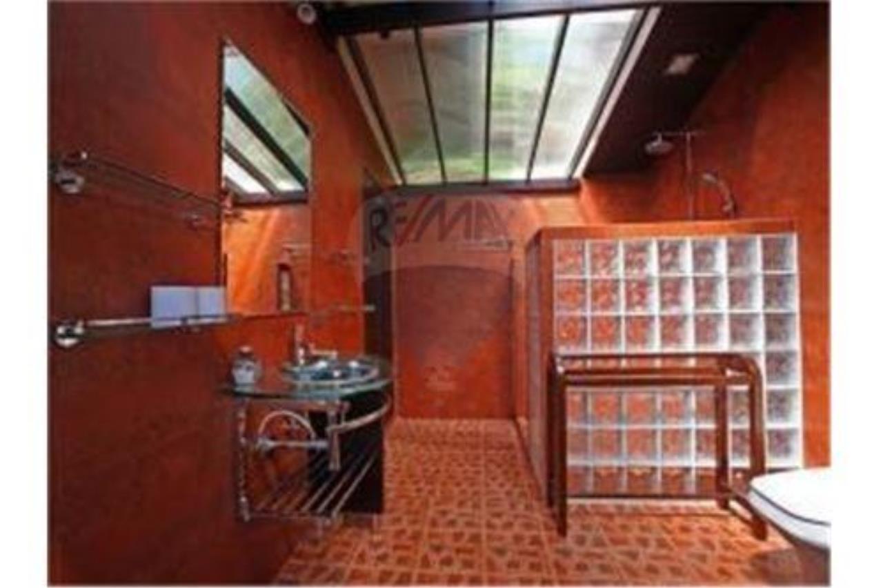 RE/MAX Island Real Estate Agency's BEAUTIFULL 4 BEDROOM VILLA FOR SALE IN BOPHUT 13