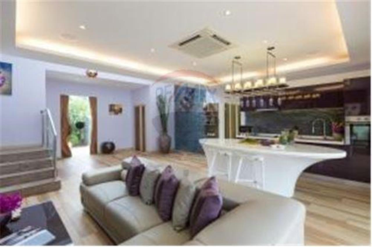 RE/MAX Island Real Estate Agency's BEAUTIFUL 5 BEDROOM VILLA FOR SALE IN MAE NAM 2