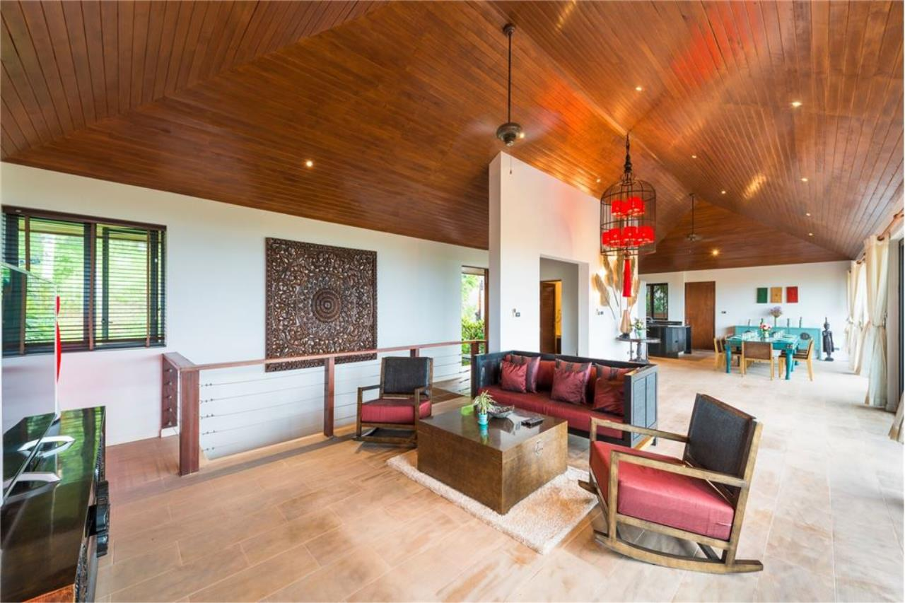 RE/MAX Island Real Estate Agency's Totally renovated villa for sale in Bophut 5