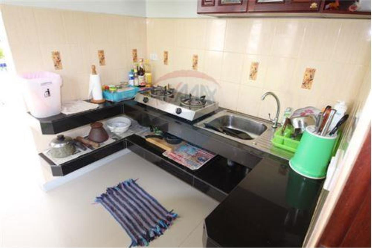 RE/MAX Island Real Estate Agency's walking distance villa for sale in Na Muang 13