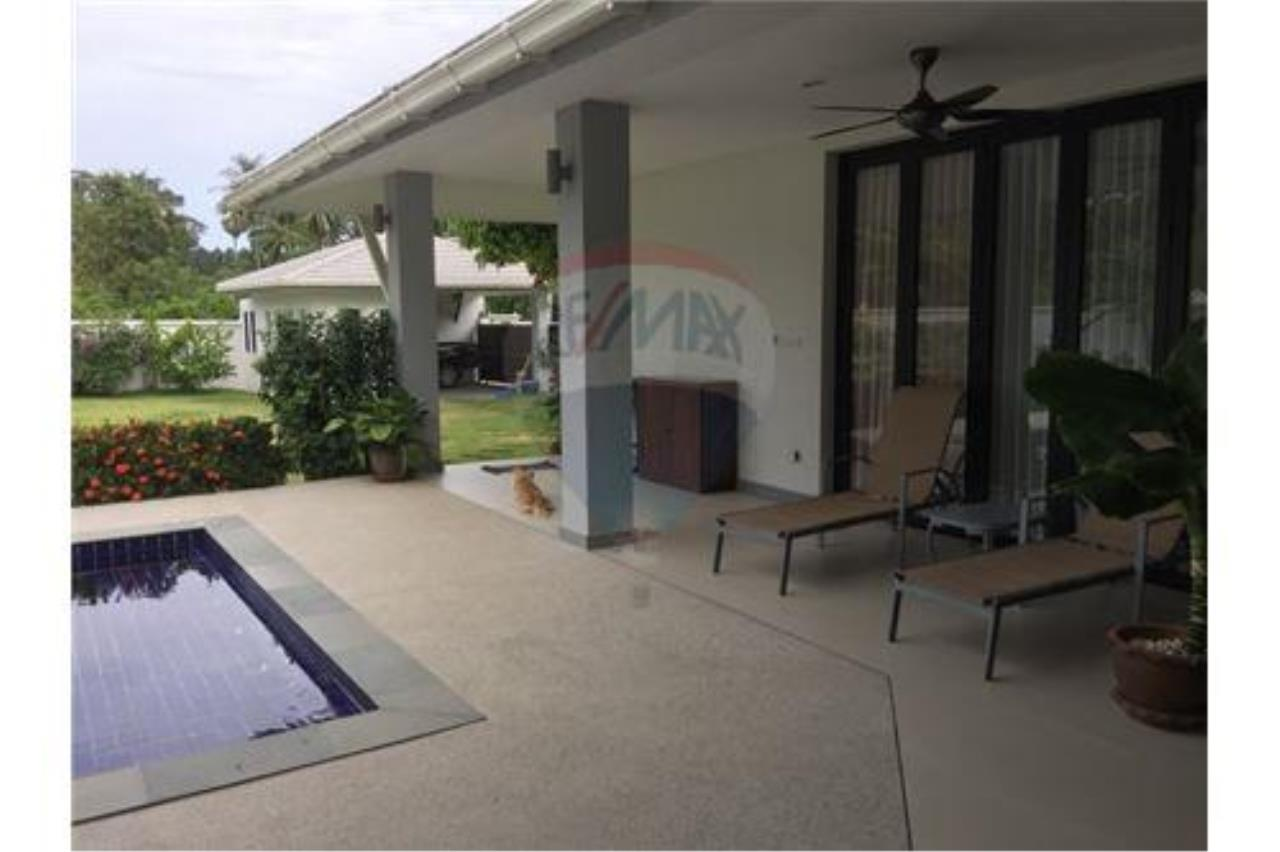 RE/MAX Island Real Estate Agency's walking distance villa for sale in Na Muang 8