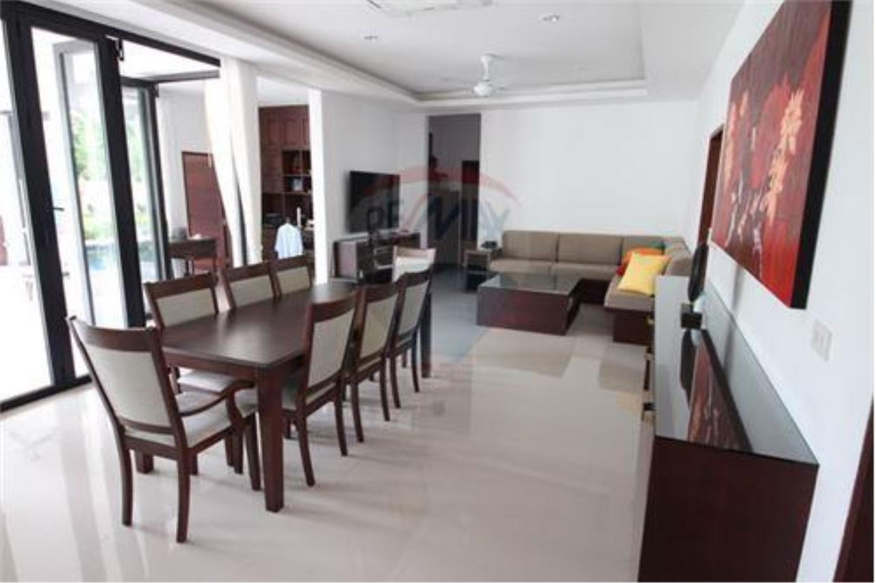 RE/MAX Island Real Estate Agency's walking distance villa for sale in Na Muang 11
