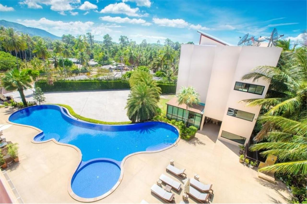 RE/MAX Island Real Estate Agency's Spacious condominium for sale in Mae Nam 2
