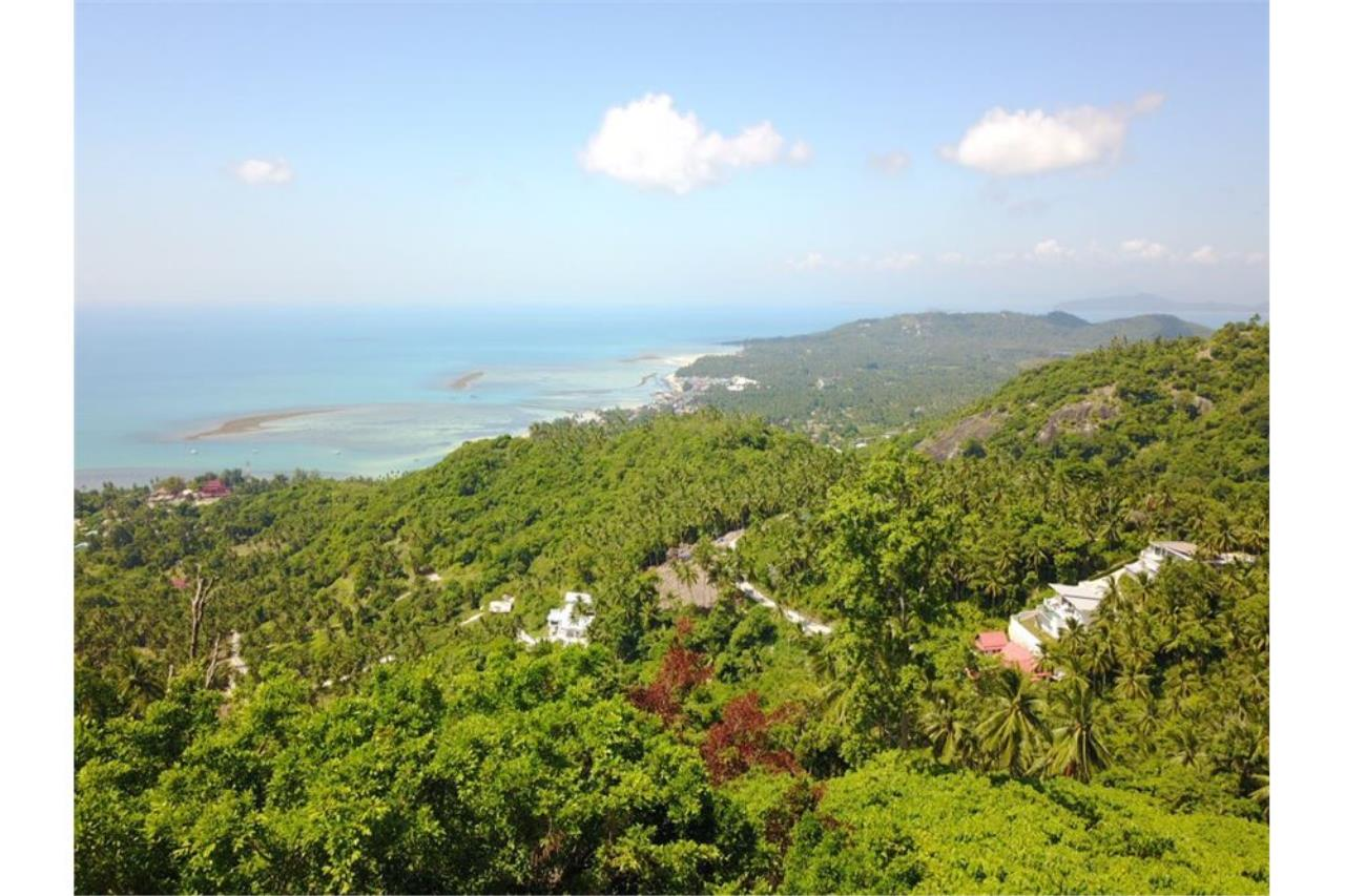 RE/MAX Island Real Estate Agency's 180 degrees sea view land for sale in Lamai 3