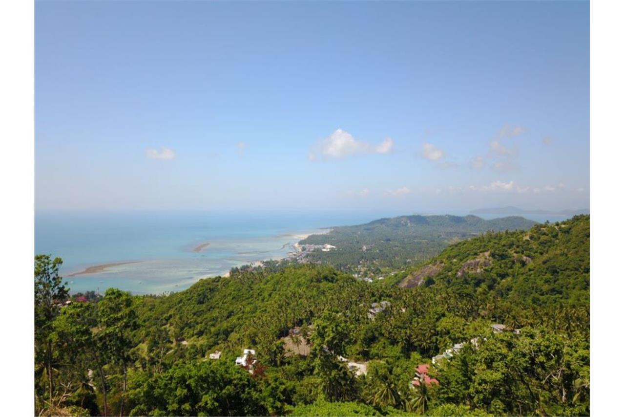 RE/MAX Island Real Estate Agency's 180 degrees sea view land for sale in Lamai 6