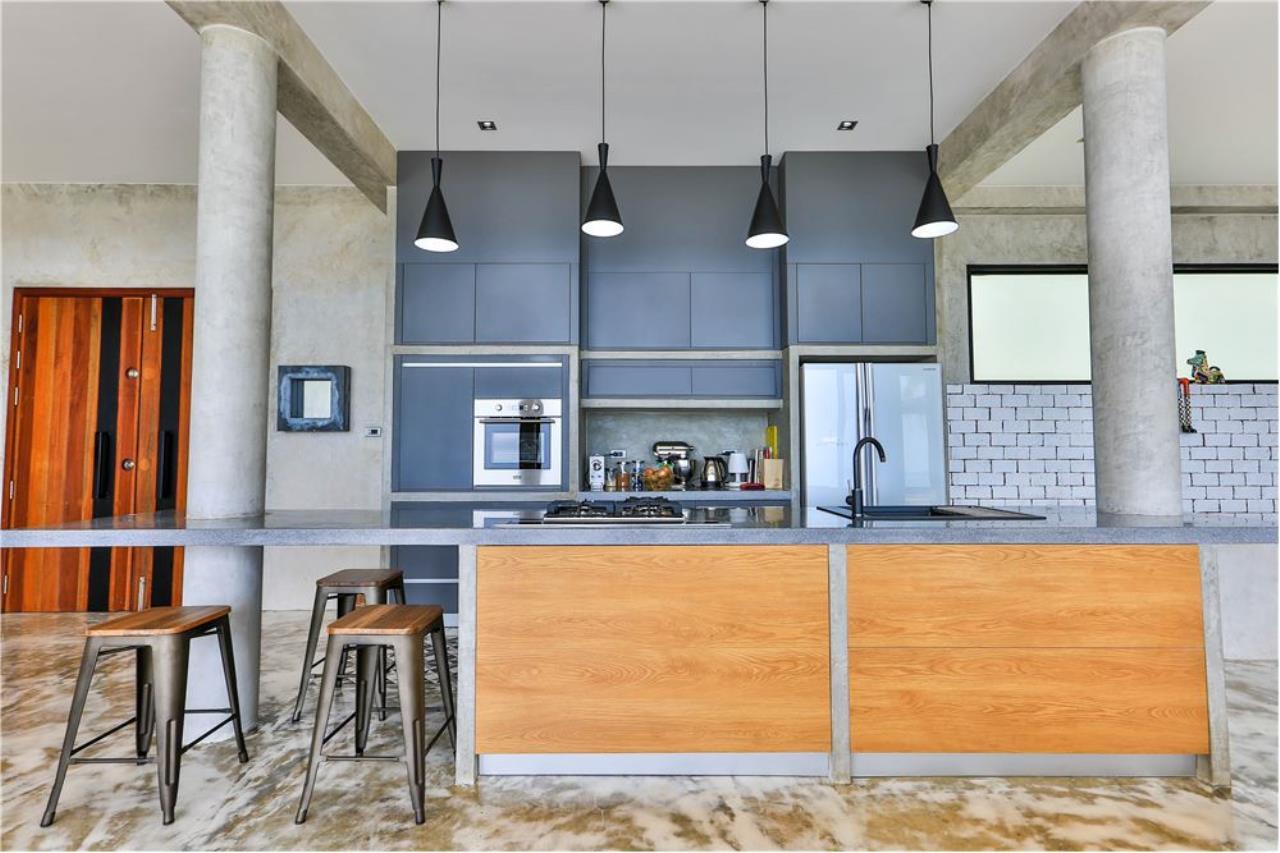RE/MAX Island Real Estate Agency's 180° Sea view  villa for sale , Koh Samui 10