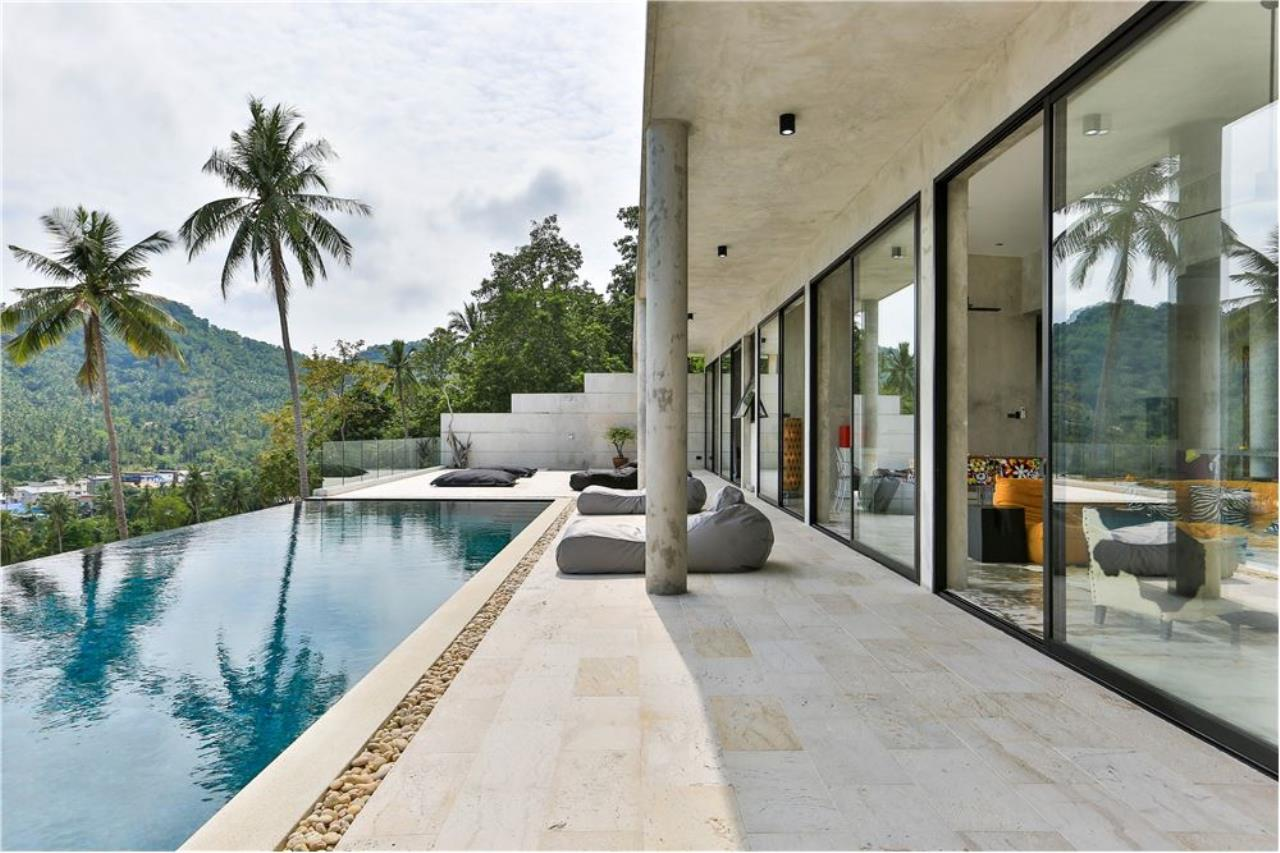 RE/MAX Island Real Estate Agency's 180° Sea view  villa for sale , Koh Samui 4