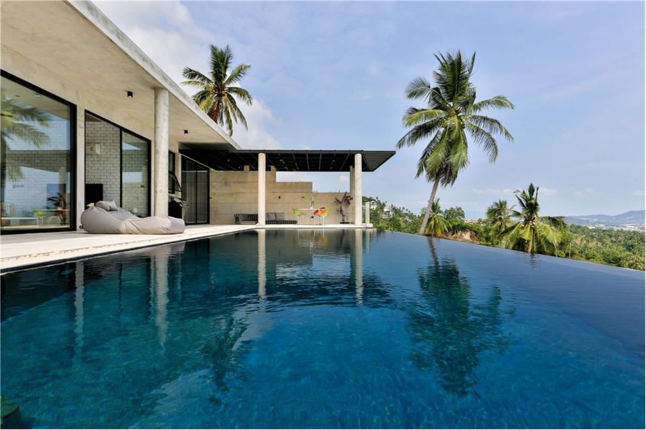 RE/MAX Island Real Estate Agency's 180° Sea view  villa for sale , Koh Samui 27