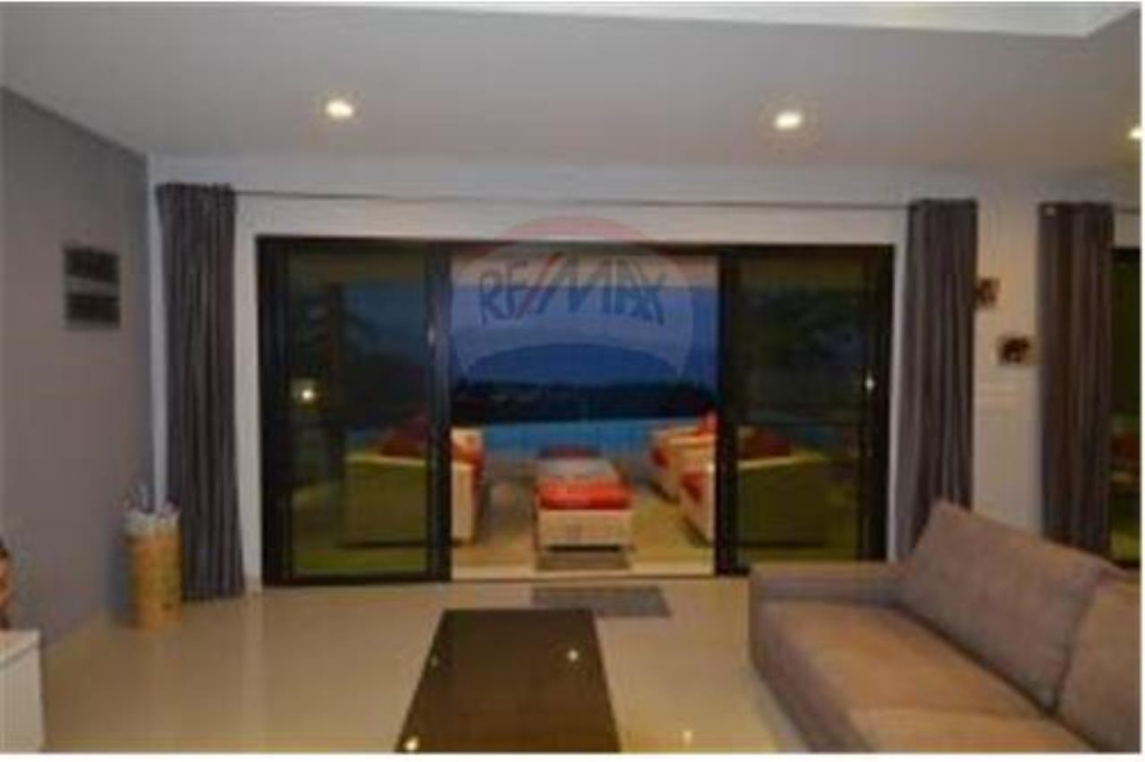 RE/MAX Island Real Estate Agency's 2 PRIVATE POOL SEA VIEW VILLAS FOR SALE IN MAE NAM 6