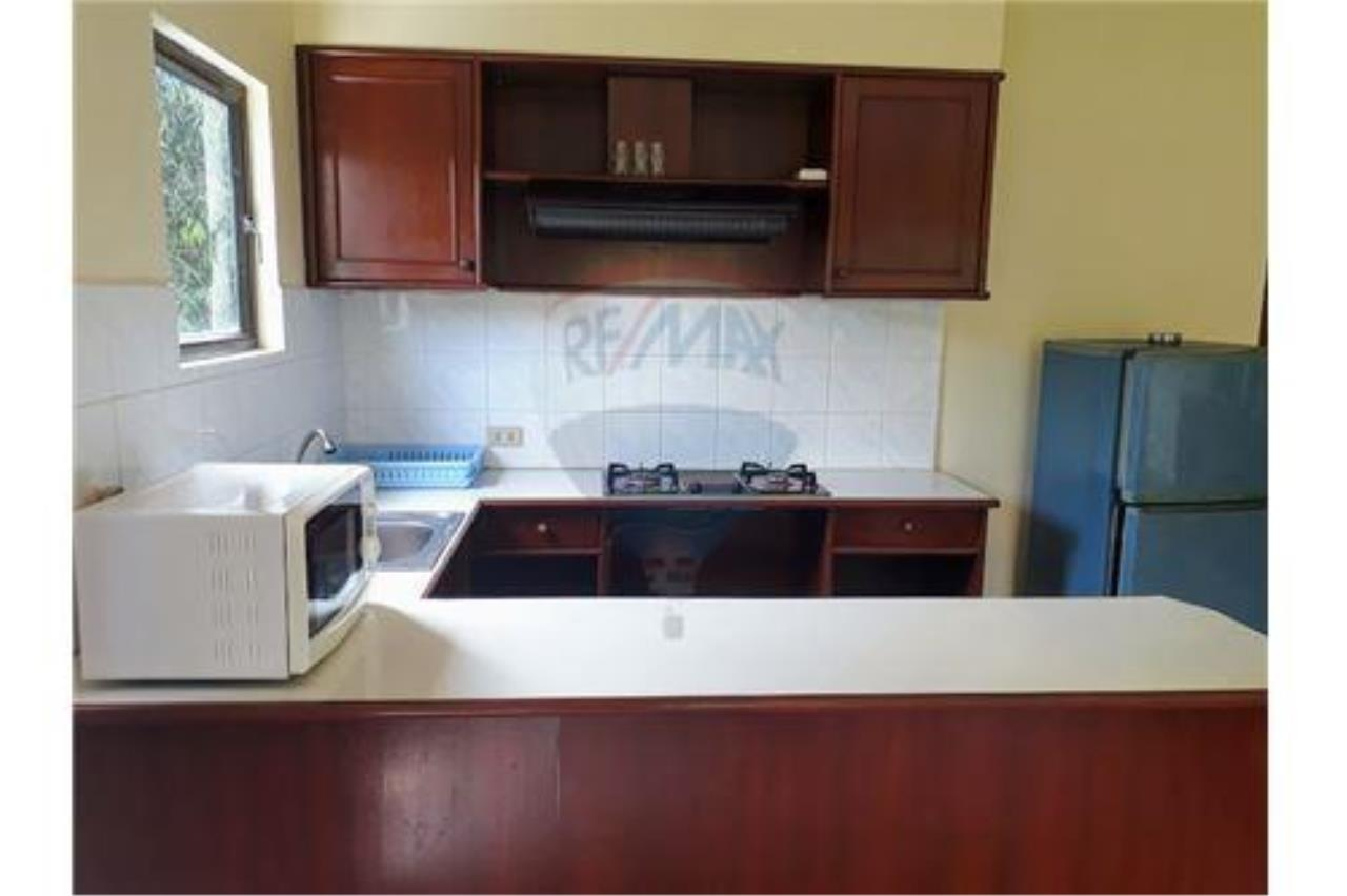 RE/MAX Island Real Estate Agency's 1 Bedroom Apartment for rant in Chaweng 6