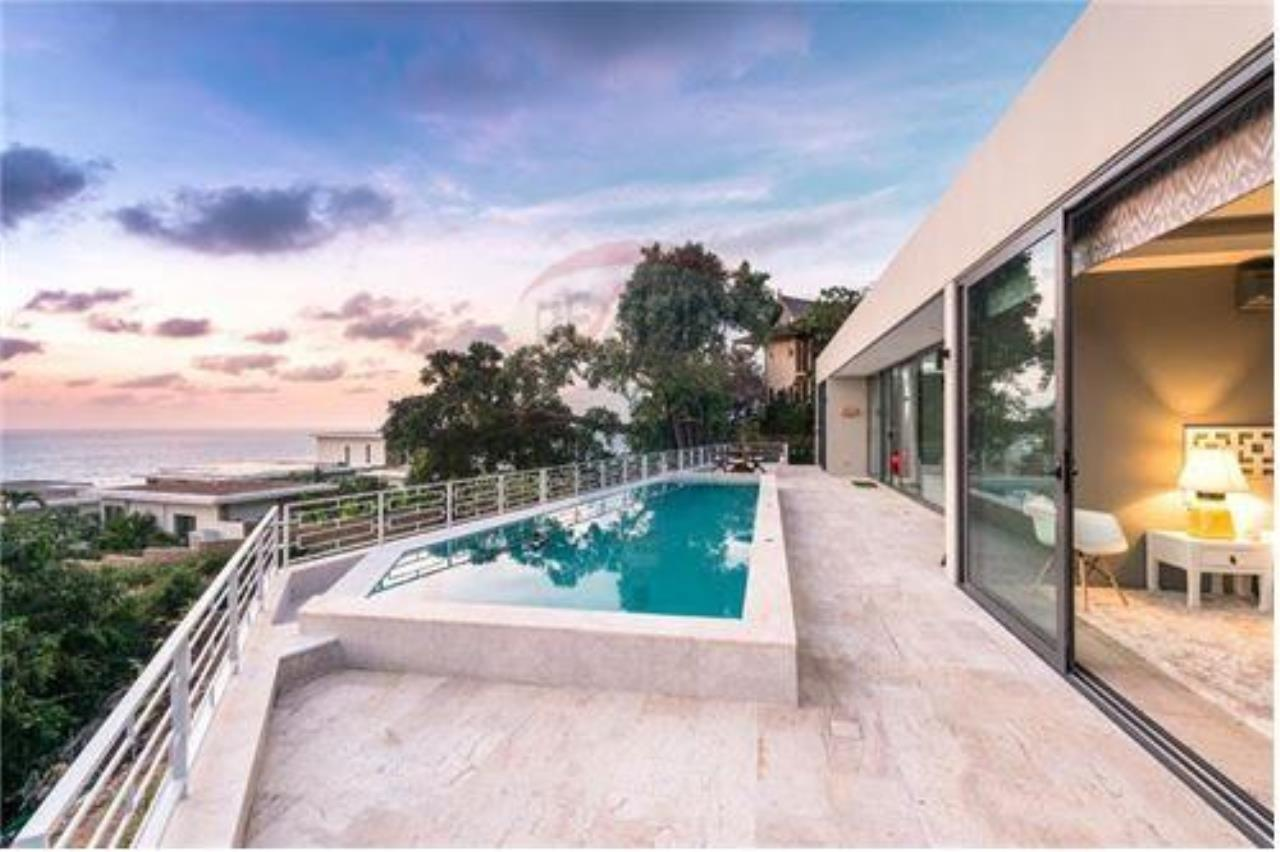 RE/MAX Island Real Estate Agency's Luxury sea view villa in Choengmon 4