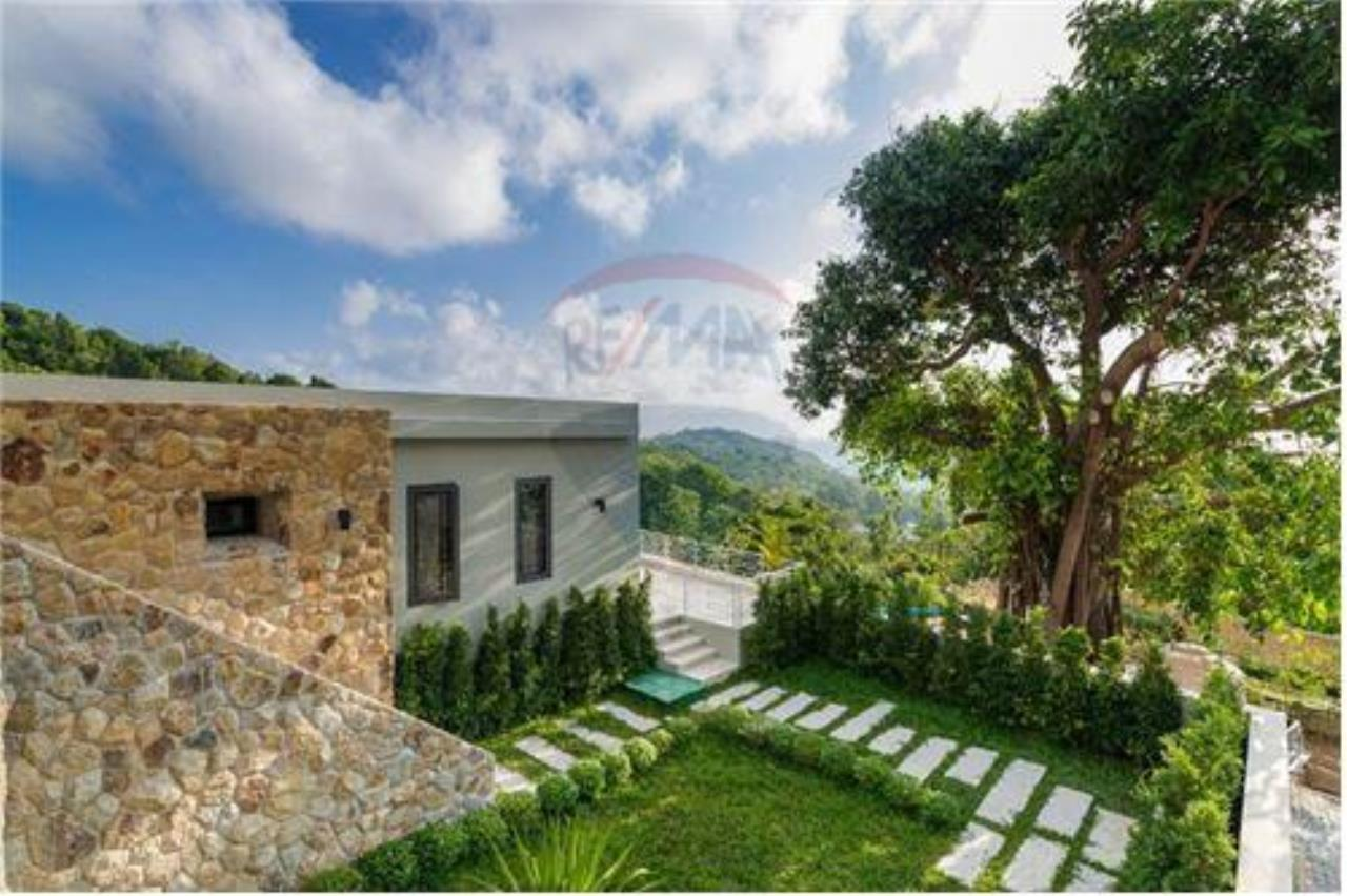 RE/MAX Island Real Estate Agency's Luxury sea view villa in Choengmon 14