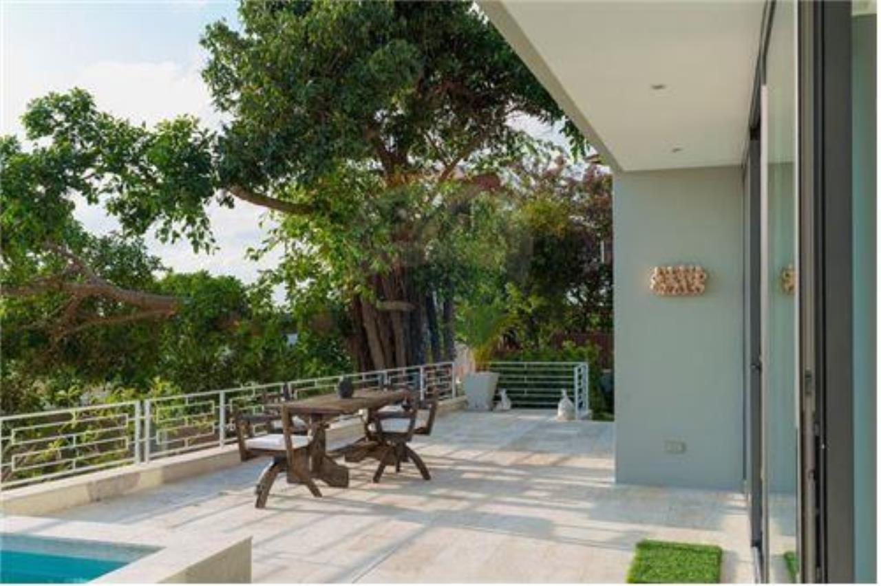 RE/MAX Island Real Estate Agency's Luxury sea view villa in Choengmon 17