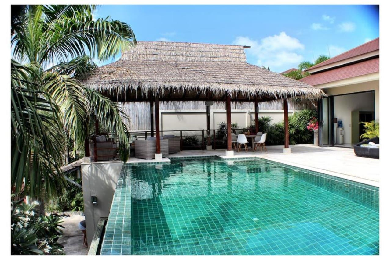 RE/MAX Island Real Estate Agency's Villa for rent in Mae Nam  , Koh Samui 1