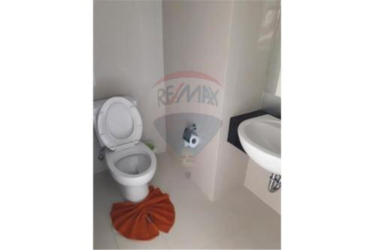 RE/MAX Island Real Estate Agency's BRAND NEW 2 BEDROOM APARTMENT WITH LARGE POOL IN CHAWENG 9